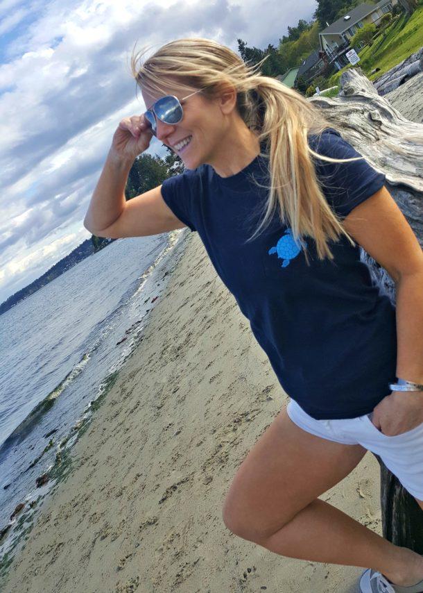 Unisex Beach Life Pocket Tee